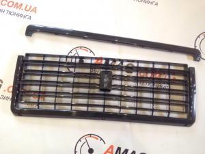 Купить Решетка радиатора ВАЗ 2107 черная с молдингом