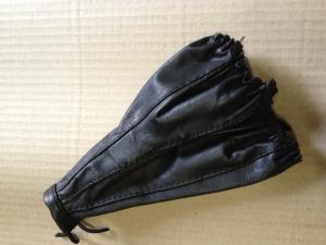 Купить Чехол ручки КПП на ВАЗ короткий кожаный (black)